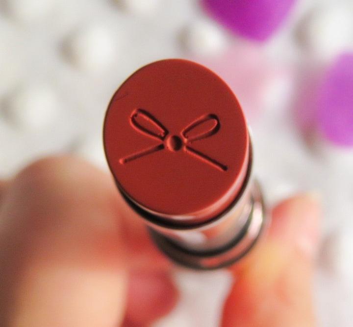 Lipstick Love – Ciaté WonderwandLipstick