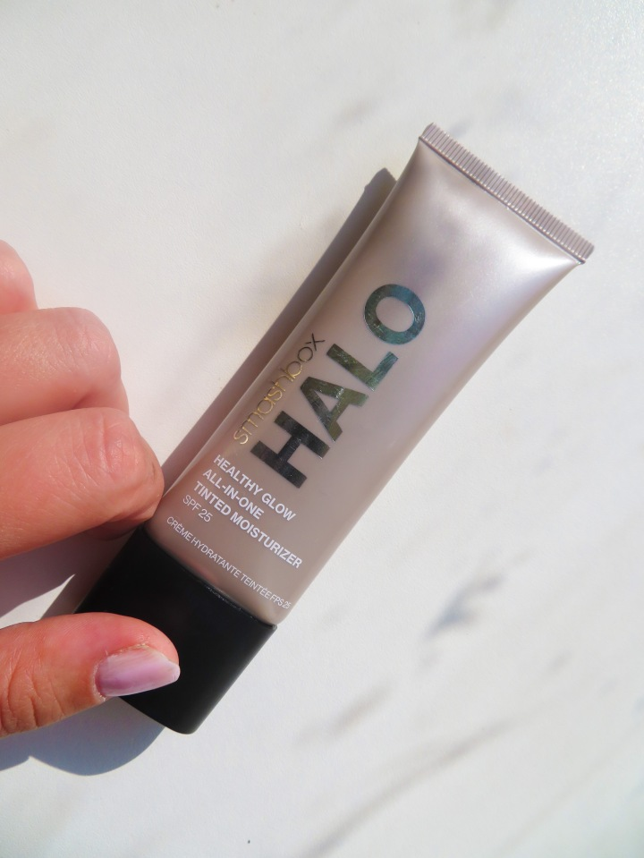 Smashbox Halo Healthy Glow Tinted Moisturiser Review