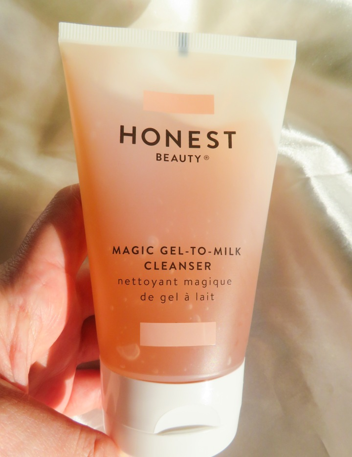 Honest Beauty Magic Gel-To-Milk Cleanser Review